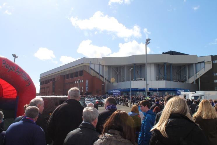 crowds 2