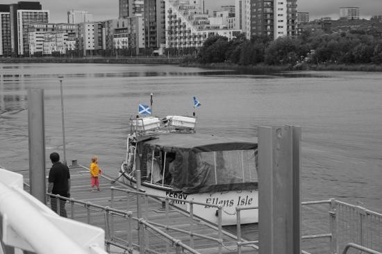 b&w ferry